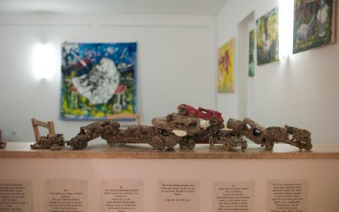 Kunst Kontra Korona: PappmacheAutos (Austellung vom 7.11.-31.12.2020)